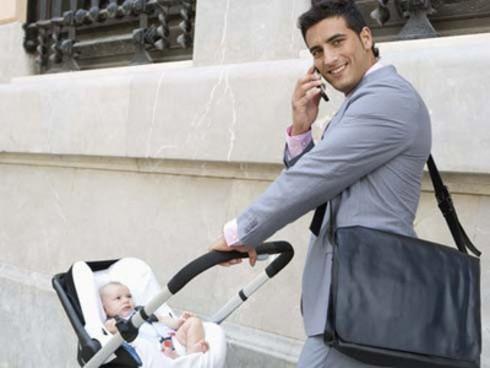 Extienden permisos de maternidad y paternidad