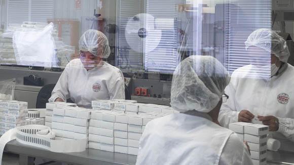 Falta de transparencia y planeación, causantes del desabasto de medicamentos: Canifarma