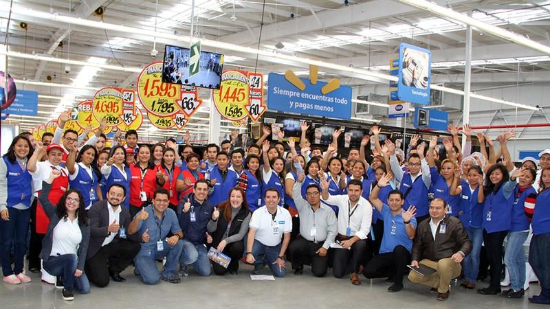 Frena Walmart amago de huelga otorgando 5.5% de alza salarial