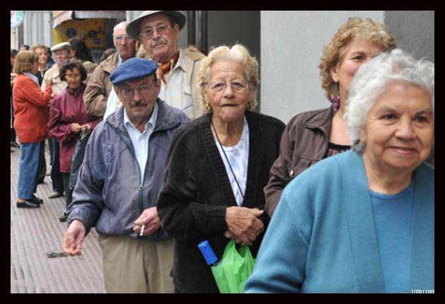 Hacienda busca consenso en reforma pensionaria