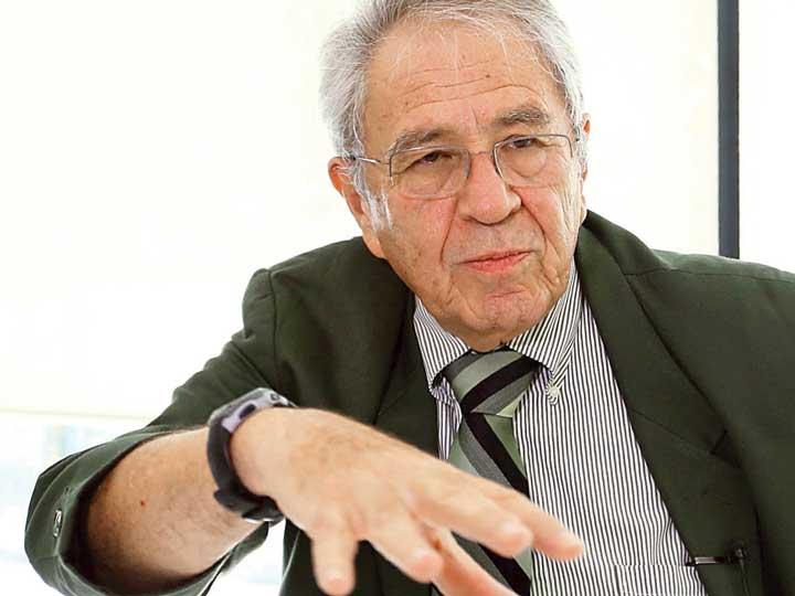 Hay gran compromiso histórico por mejorar la salud: Alcocer Varela