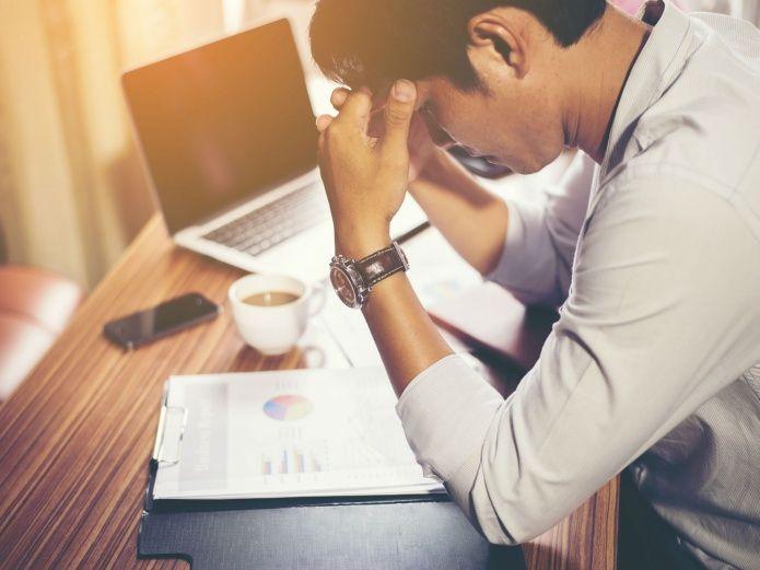 Horas laborales extra podrían estar acabando con su vida