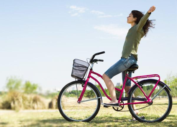 Huya de la diabetes tipo 2 en bicicleta