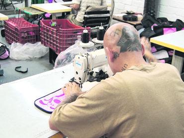 Impulsa STPS reinserción de reos al mercado laboral