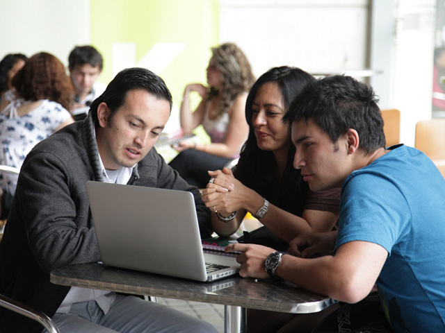 Impulsa UNAM emprendimiento empresarial