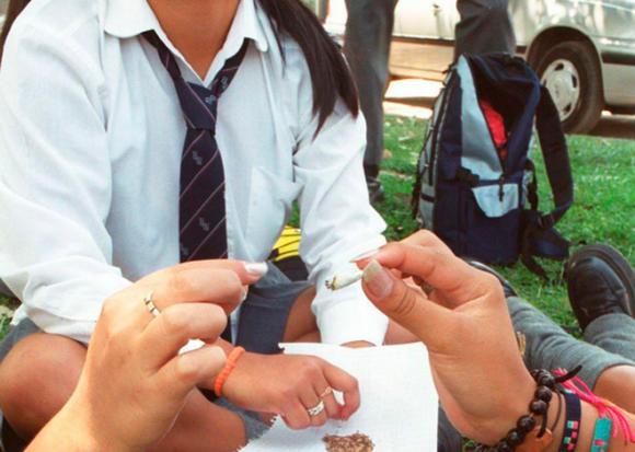 Impulsan acciones para prevenir drogas entre los jóvenes