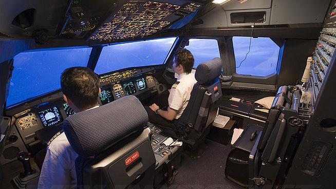 Impulsan nueva norma de trabajo de pilotos aviadores