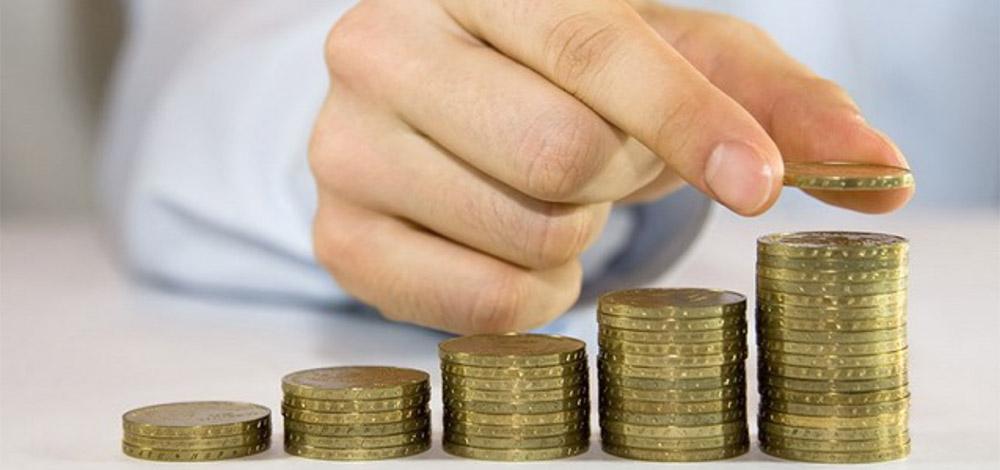 Impulsan otra alza al salario mínimo...