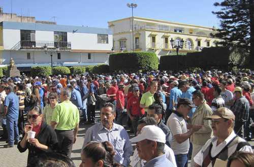 Incumple pago Ayuntamiento de Tepic