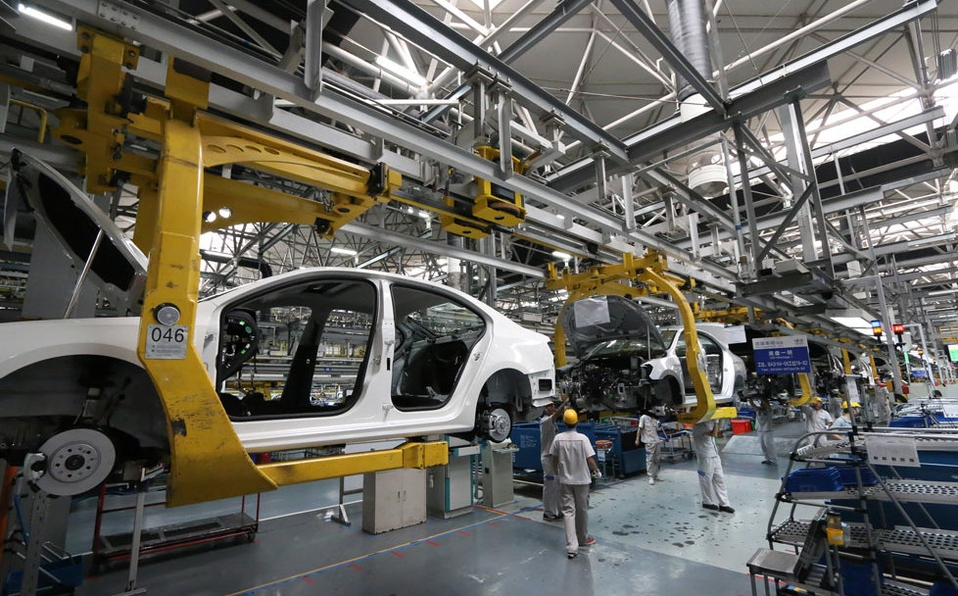 Industria automotriz debe certificarse para reiniciar actividades: Clautedomex