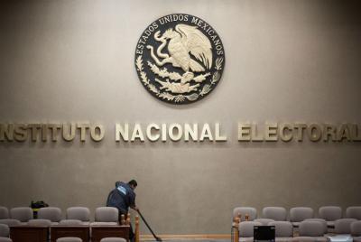 INE destinó 218 mdp en retiros