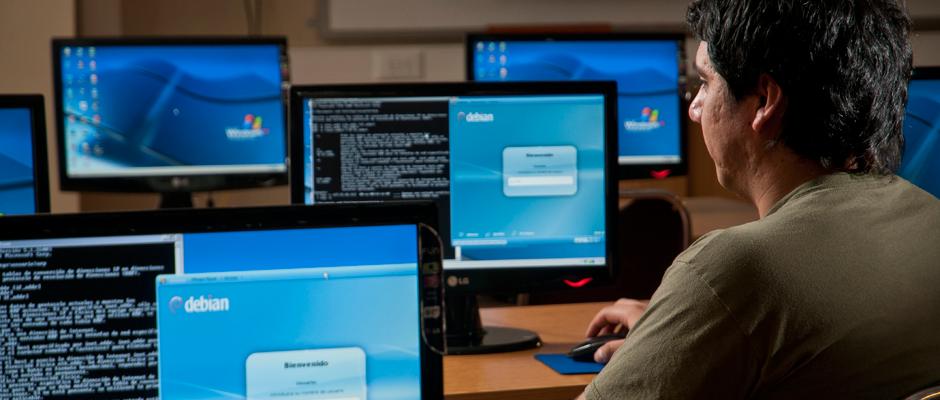 Ingeniero en software, el empleo mejor pagado en México
