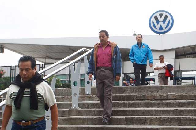 Inicia en 12% negociación salarial 2017 de Volkswagen