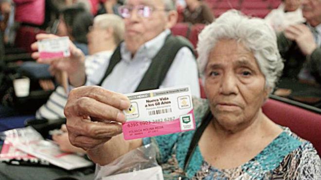 Insuficiente pensión para adultos mayores