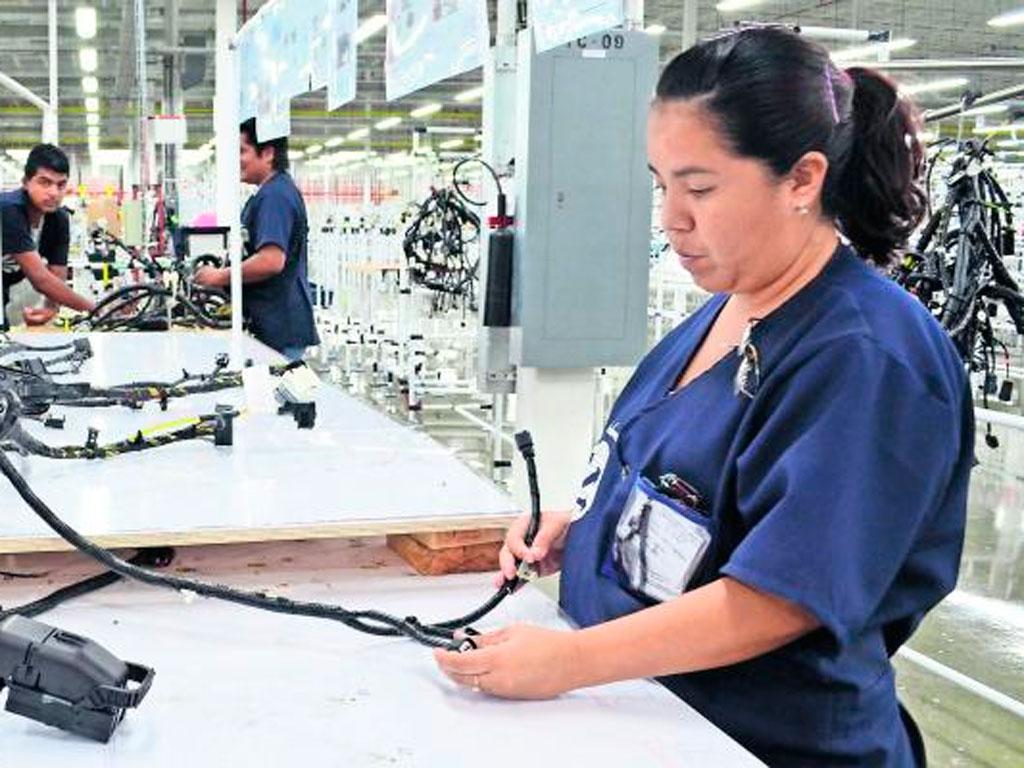Jalisco se queda corto en generación de empleo e IED