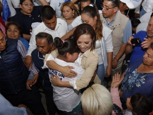 Josefina promete crear un millón de empleos