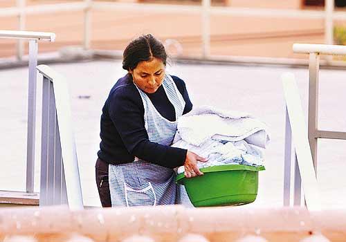 Lanzan plan para trabajadoras del hogar