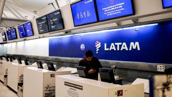 LATAM Airlines prevé el despido de 2,700 trabajadores en Brasil