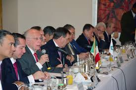 Llama Narro a unir esfuerzos a favor de los mexicanos