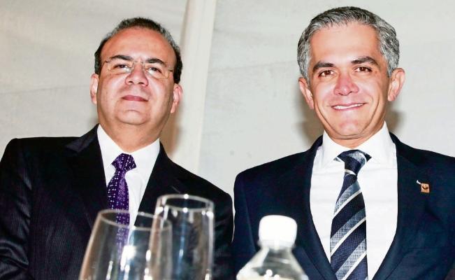 Mancera y Navarrete se sientan a analizar alza en SM