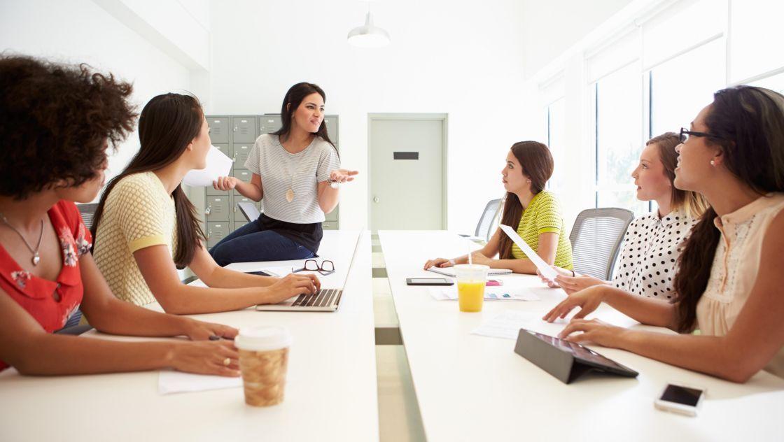 Más empresas contrataron a mujeres en puestos directivos en 2018