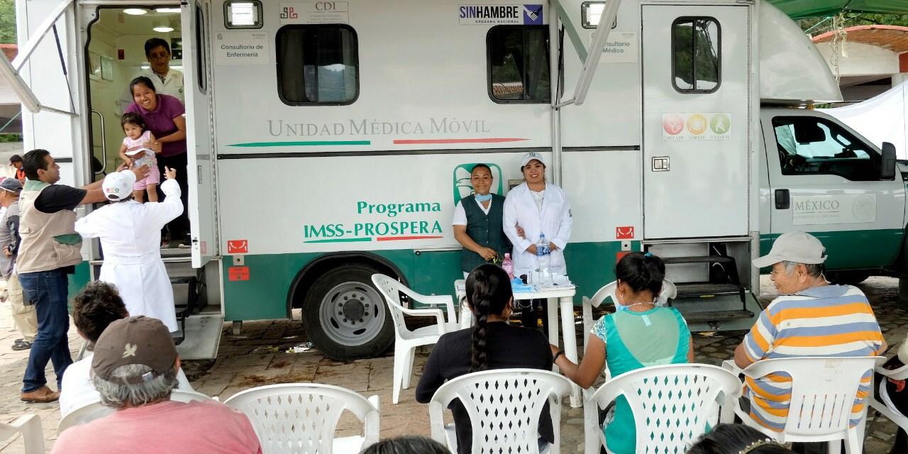 Médicos de IMSS-Prospera retiran a una mujer quiste de más de 6 kilos