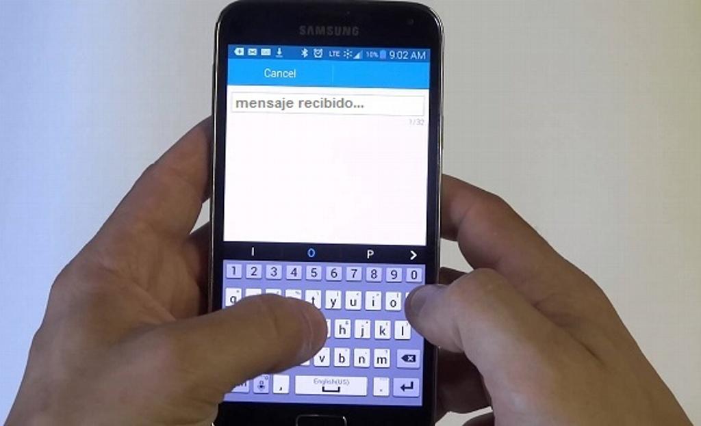 Mensajes de texto en celulares mejoran control de diabetes en adolescentes