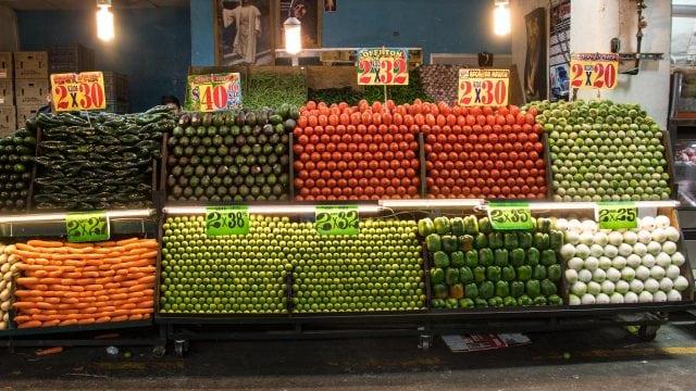 Mexicanos comprarán menos comida por impacto del Covid-19 en sus bolsillos