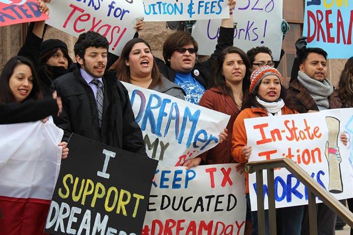"""México buscará incorporar al trabajo a """"dreamers"""""""