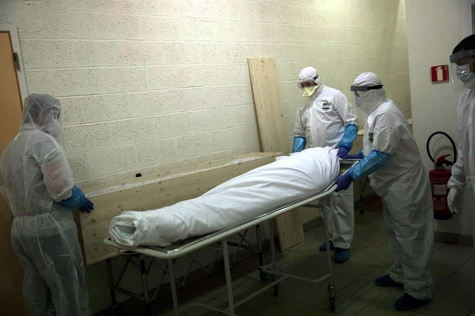 México supera a Francia al romper barrera de los 200 mil casos confirmados de COVID-19