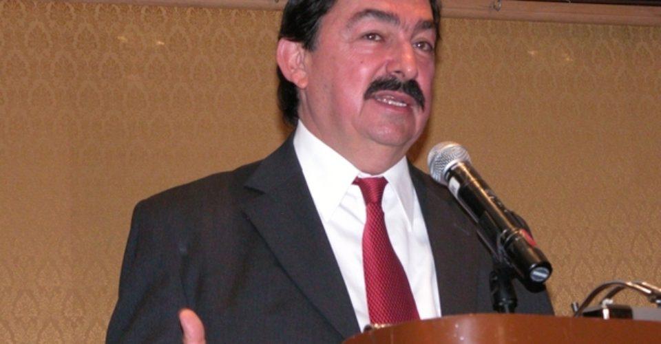 Mineros piden negar candidatura a Napoleón Gómez tras fallo de la Junta