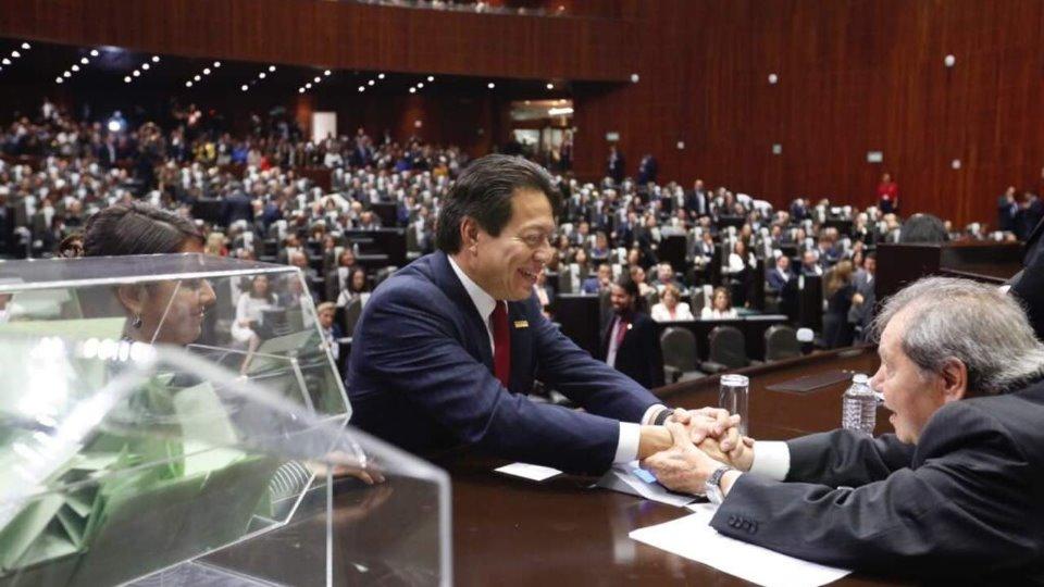 Morena busca frenar pensiones a expresidentes