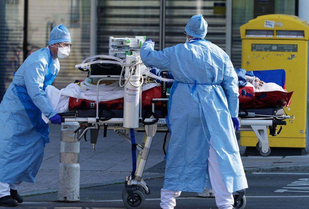 Mueren 421 personas en 24 horas por Covid-19