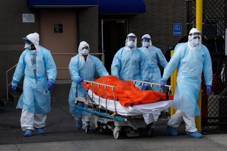 Mueren 562 en Nueva York por coronavirus... en un día