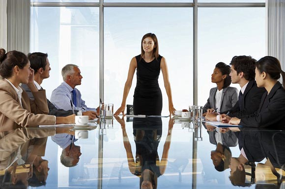 Mujeres ocupan solo 8.7% de asientos en consejos de empresas en México