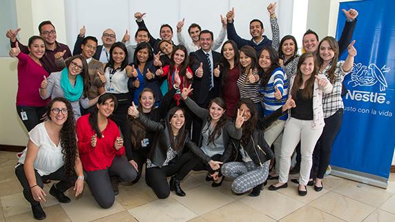 Nestlé va por mil jóvenes en el plan de AMLO