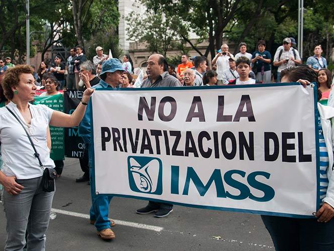 Niegan ISSSTE e IMSS  privatización