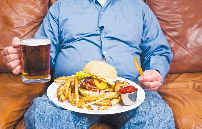Obesidad en México más costosa que el huachicoleo de combustible