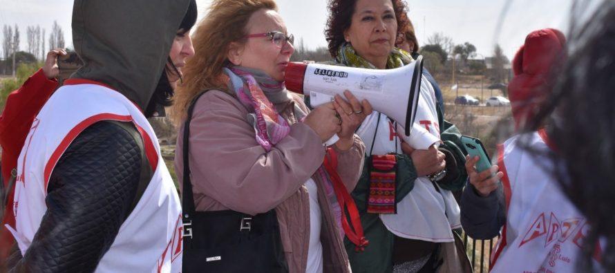 Obligan a sindicatos a establecer en Estatutos acceso de la mujer a puestos de dirigencia