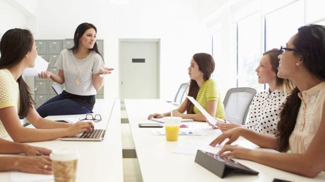 Ocupan mujeres 31% de planta laboral de alta dirección en México: Santander