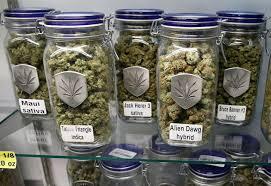 Ofrece compañía abrir mercado de marihuana