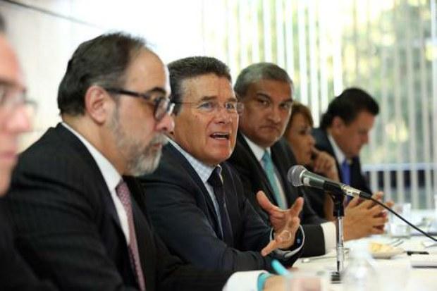 Ofrece SNTE respaldo jurídico a despedidos