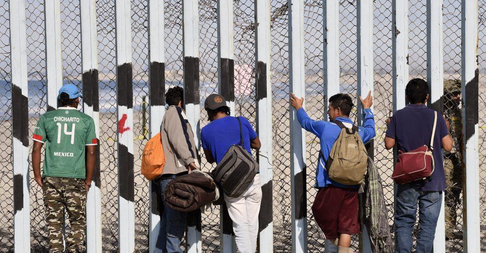 Ofrecerán a migrantes visa y trabajo