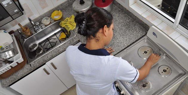 Olvida ley derechos de trabajadores del hogar