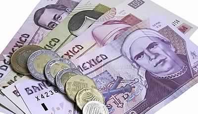 Pactan aumento de 7 pesos al minisalario