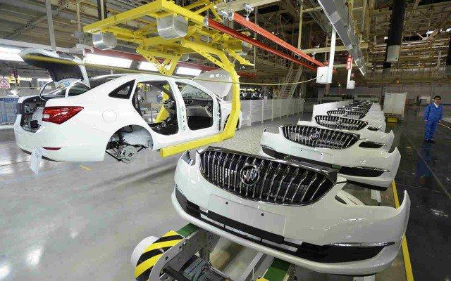 Peligran 100 mil puestos del sector de autos de EU