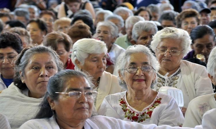 Pensión de mil 245 pesos a adultos mayores, a partir de enero de 2019