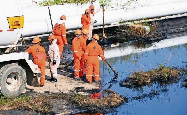 Pérdida de 22 mil 500 empleos en tres estados petroleros en mayo