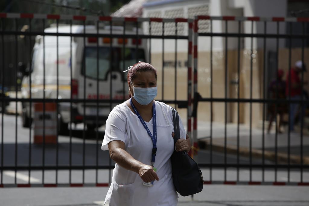 Personal de salud enfrenta pandemia sin seguridad social