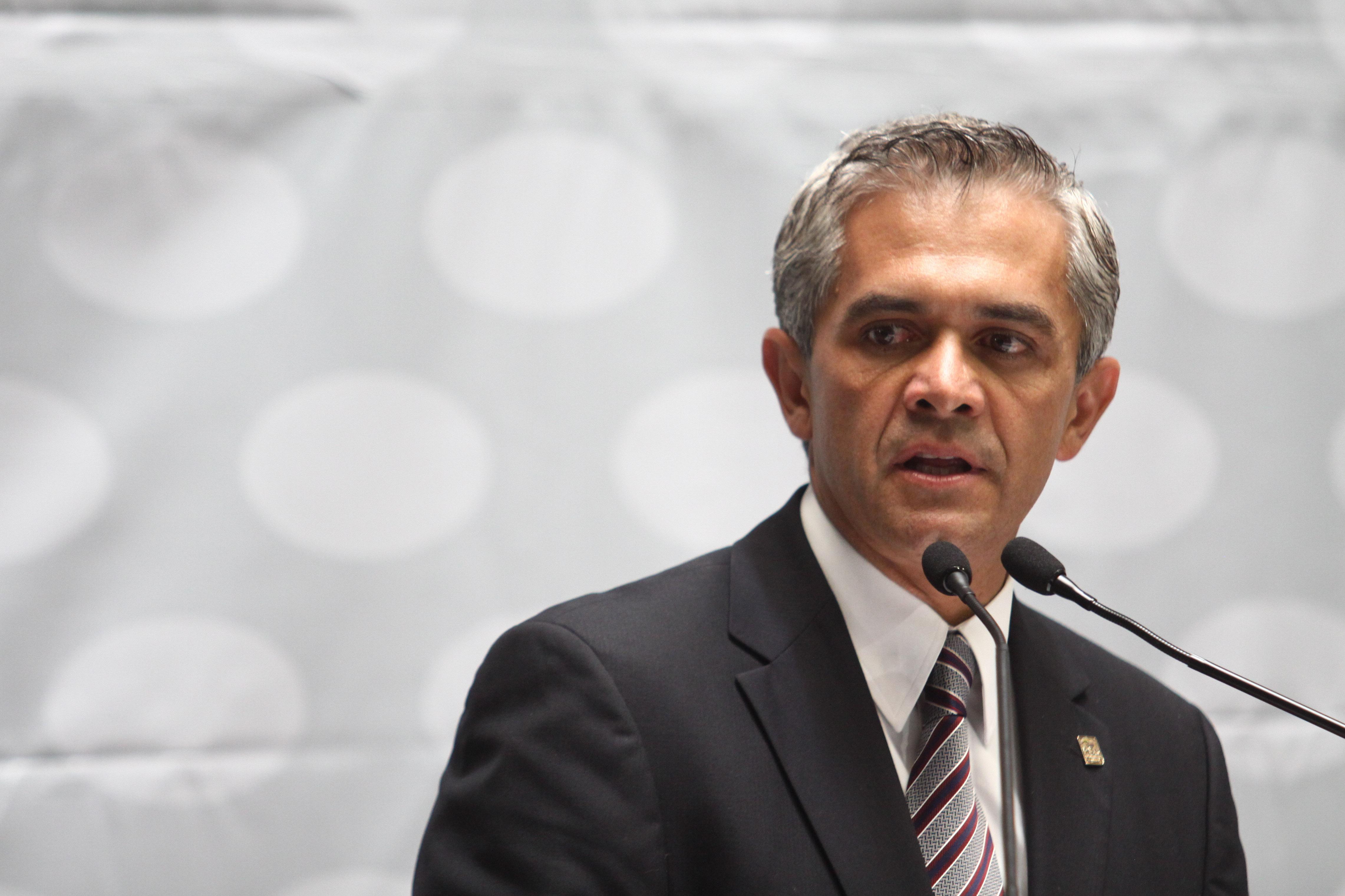 Pide Mancera propuesta formal de aumento SM